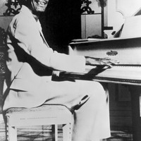 Image of Professor Longhair linking to their artist page due to link from them being at the top of the main table on this page