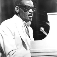 Image of Ray Charles linking to their artist page due to link from them being at the top of the main table on this page