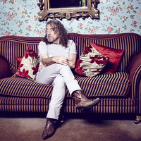 Avatar for the related artist Robert Plant