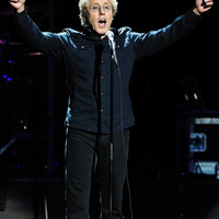 Image of Roger Daltrey linking to their artist page due to link from them being at the top of the main table on this page