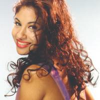 Avatar for the related artist Selena