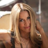 Avatar for the related artist Sheryl Crow