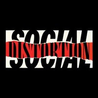 Image of Social Distortion linking to their artist page due to link from them being at the top of the main table on this page