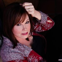 Avatar for the related artist Suzy Bogguss