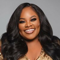 Image of Tasha Cobbs Leonard linking to their artist page due to link from them being at the top of the main table on this page