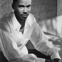 Image of Tevin Campbell linking to their artist page due to link from them being at the top of the main table on this page