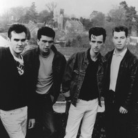 Image of The Smiths linking to their artist page due to link from them being at the top of the main table on this page