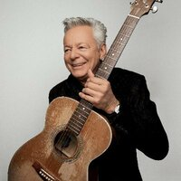 Image of Tommy Emmanuel linking to their artist page due to link from them being at the top of the main table on this page