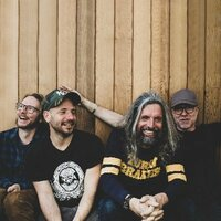 Avatar for the related artist Turin Brakes
