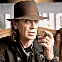 Image of Udo Lindenberg linking to their artist page due to link from them being at the top of the main table on this page