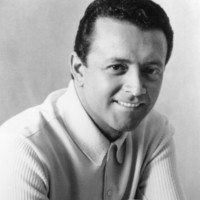Image of Vic Damone linking to their artist page due to link from them being at the top of the main table on this page