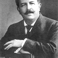 Image of Victor Herbert linking to their artist page due to link from them being at the top of the main table on this page