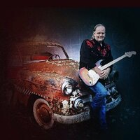 Image of Walter Trout linking to their artist page due to link from them being at the top of the main table on this page