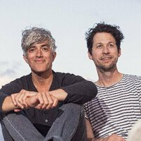 Image of We Are Scientists linking to their artist page due to link from them being at the top of the main table on this page