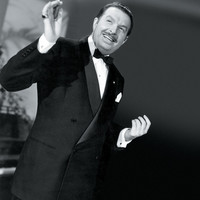 Image of Xavier Cugat linking to their artist page due to link from them being at the top of the main table on this page