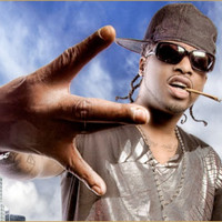 Image of Yukmouth linking to their artist page due to link from them being at the top of the main table on this page