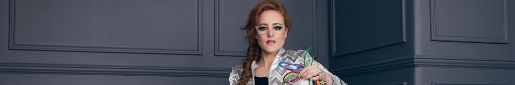 Large banner image of Hannah Peel headlining the page