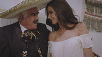 Thumbnail for the Vicente Fernández - Flores Negras link, provided by host site