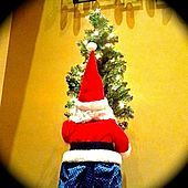 Thumbnail for the Brian Greene - How Santa Lost His Pants link, provided by host site