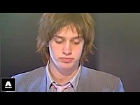 Thumbnail for the The Strokes - 'Last Nite' TOTP (2001) link, provided by host site