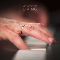 Thumbnail for the Jan Gunnar Hoff - LIVING link, provided by host site