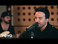 Thumbnail for the Luis Fonsi - No Me Doy Por Vencido (One World: Together At Home) link, provided by host site